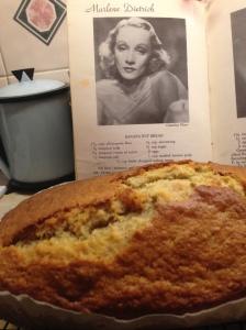 Marlene Dietrich's Banana Nut Bread with Hammertons Geist Weiss